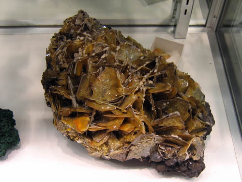 Glove Mine, Wulfenite