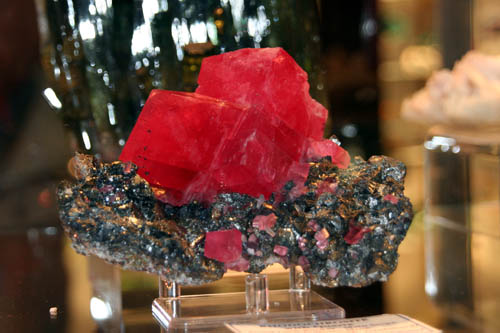 Rhodochrosite from Sweet Home Mine