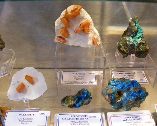 Wulfenite and Liroconite