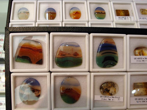 Colourful agate cabochons