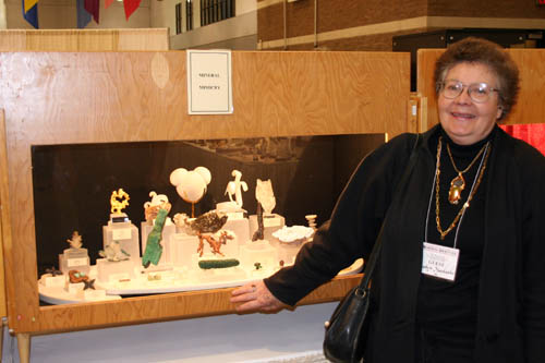 Carolyn Manchester and her mineral oddities case
