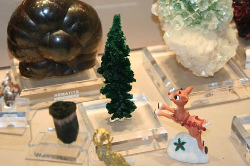 Malachite Christmas tree and reindeer
