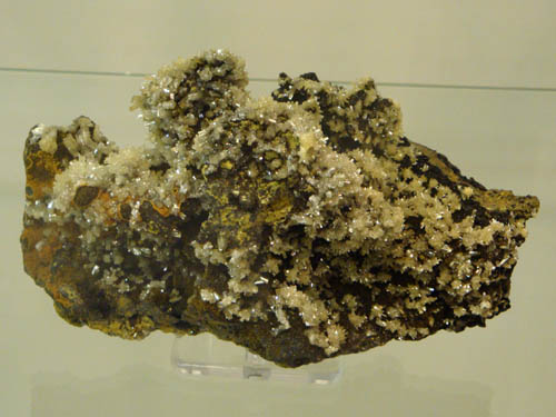 Mimetite and Tsumcorite, Ojuela Mine, Mexico