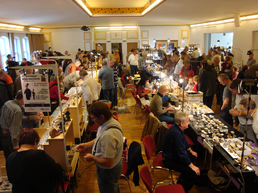 Busy hall - Schlema Show