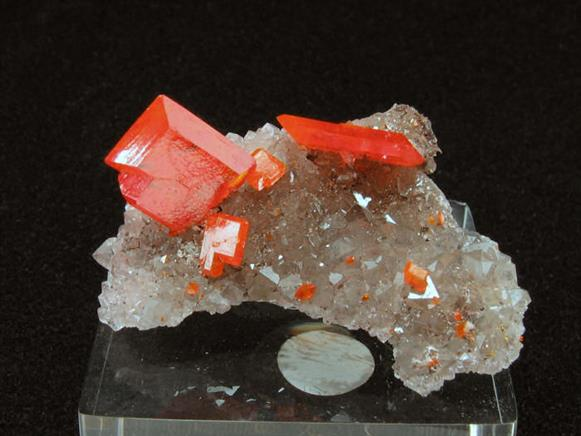 Wulfenite on Quartz