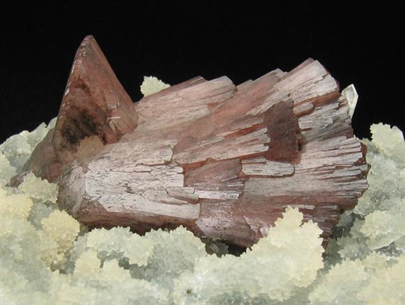Heulandite With Quartz and Stilbite