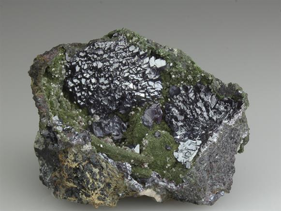 Cuprite on Mottramite