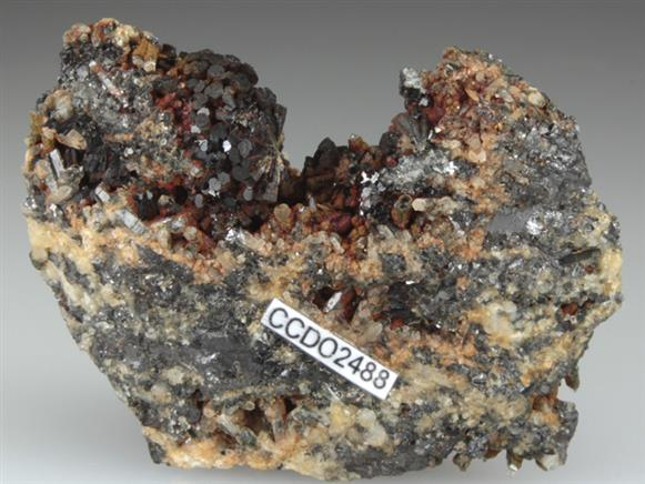 Cronstedtite on Siderite and Quartz