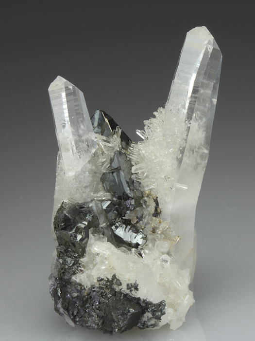 Tetrahedrite With Quartz