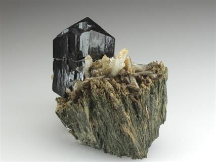 Ilvaite With Quartz on Hedenbergite