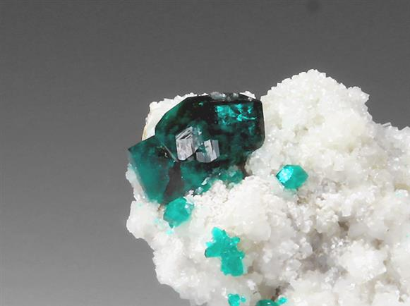 Dioptase With Dolomite and Willemite