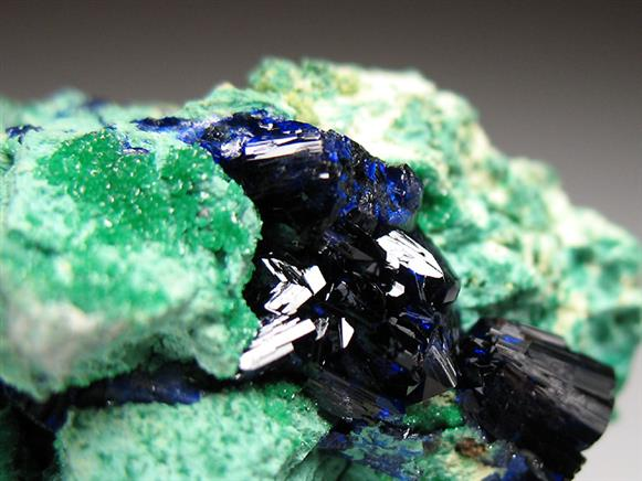 Arsentsumebite With Azurite on Malachite