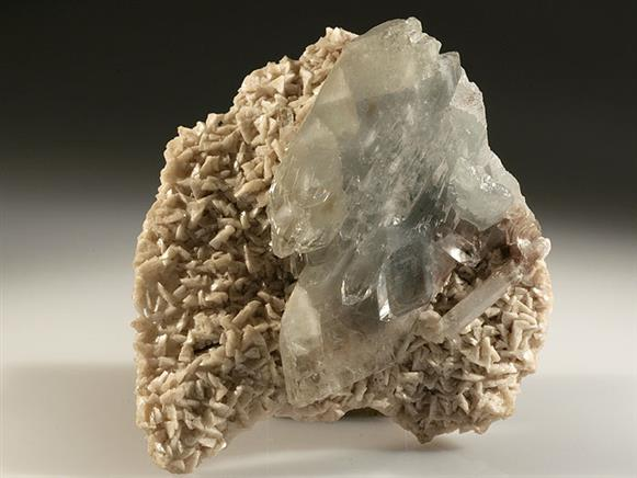 Baryte on Dolomite