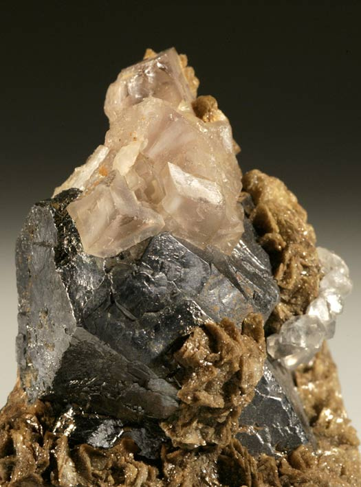 Galena With Ankerite, Calcite and Fluorite