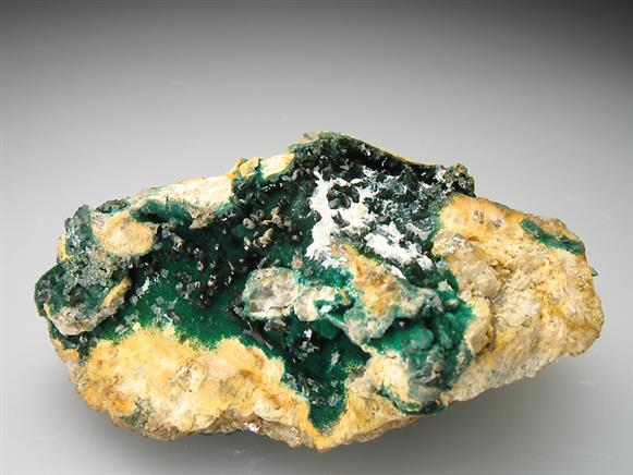 Olivenite on Cornwallite