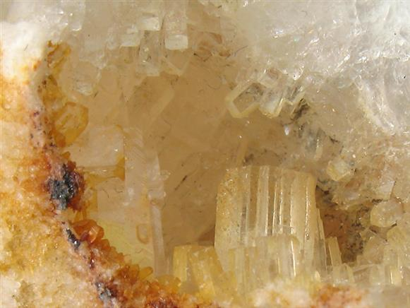Thomsenolite on Cryolite