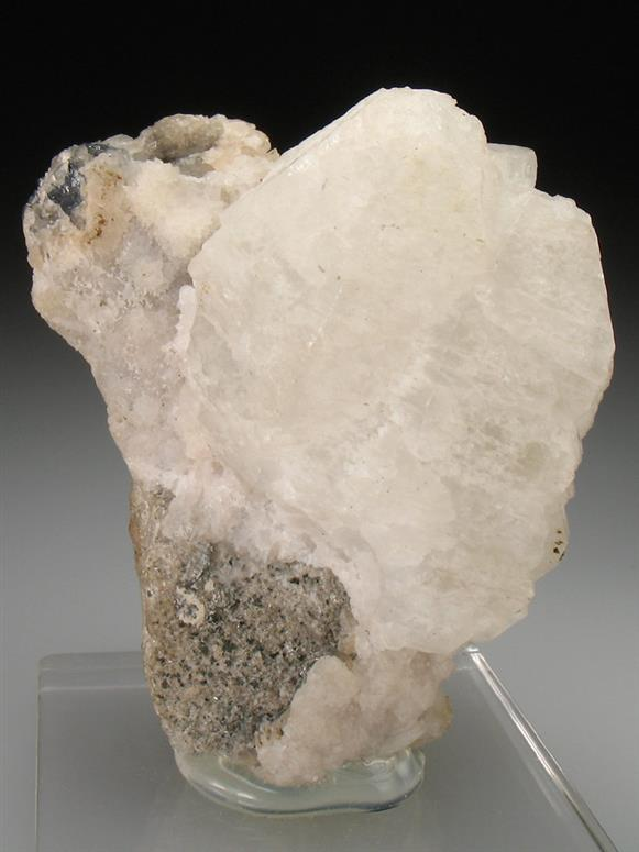 Witherite on Alstonite