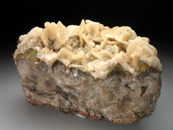 Calcite With Quartz