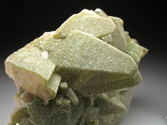Mottramite on Calcite