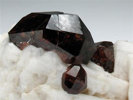 Garnet Var Spessartine on Albite
