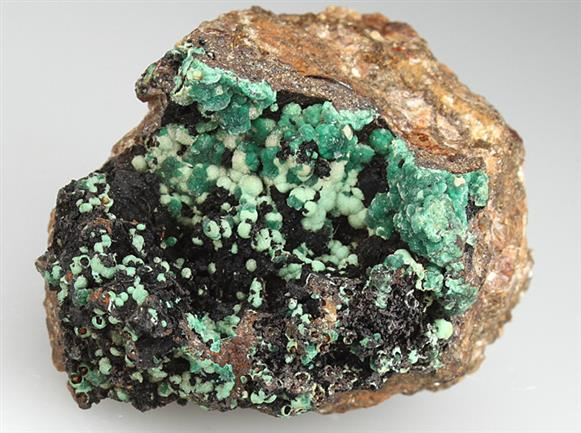 Andrewsite and Henwoodite