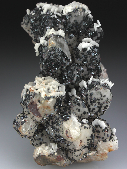 Hematite and Calcite on Quartz