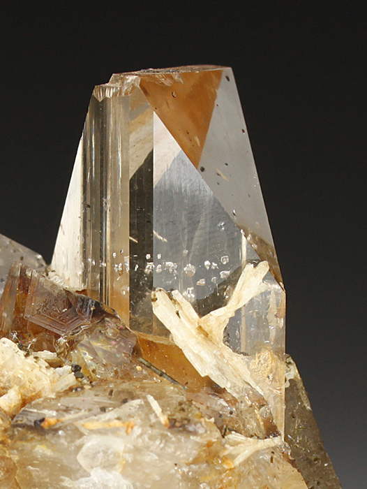 Topaz on Quartz