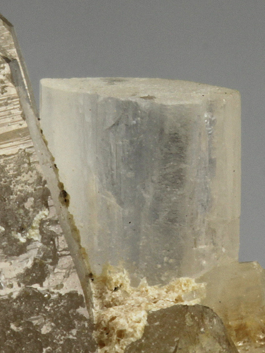 Bertrandite on Quartz
