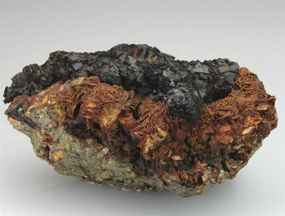 Cronstedtite on Siderite