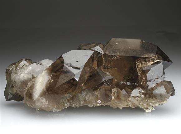 Quartz Var. Smoky Faden