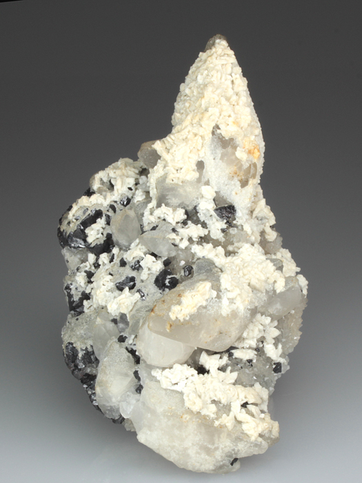 Baryte on Calcite on Quartz