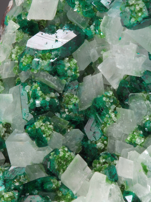 Dioptase With Duftite on Calcite