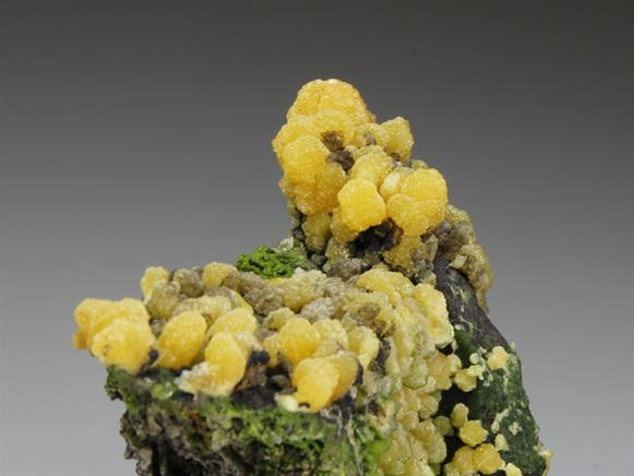Mimetite With Duftite