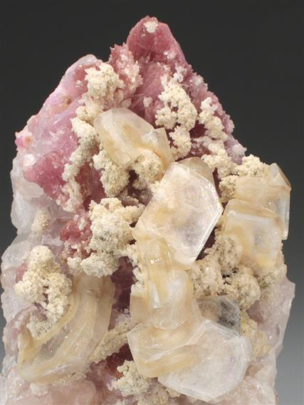 Apophyllite With Inesite