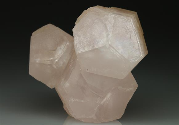 Manganoan Calcite Scepter Form