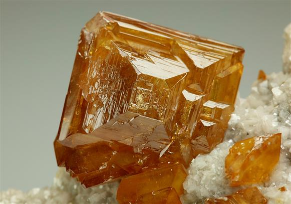 Wulfenite on Dolomite