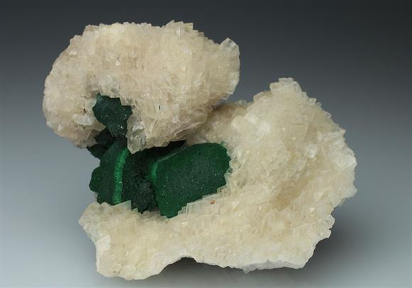 Malachite on Calcite