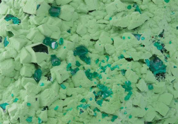 Dioptase With Conichalcite-duftite