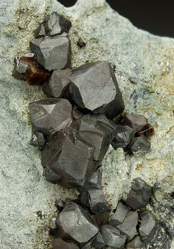Perovskite With Magnetite