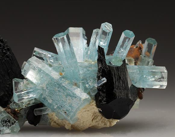 Beryl Var Aquamarine With Schorl Tourmaline