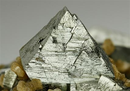Arsenopyrite With Siderite