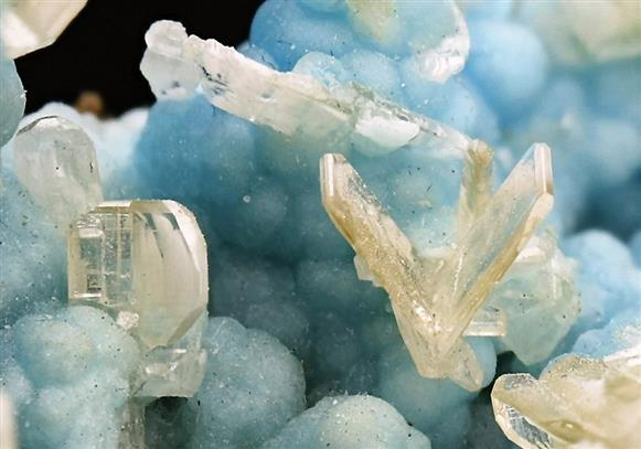 Cerussite on Hemimorphite