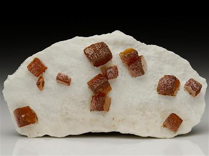 Wulfenite with Descloizite