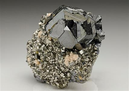 Sphalerite on Arsenopyrite