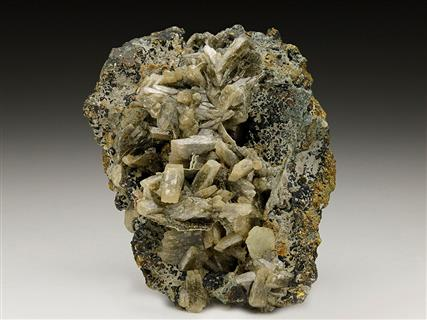 Baryte on Chalcopyrite