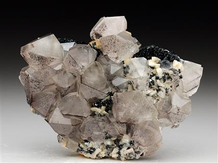 Quartz on Dolomite and Hematite
