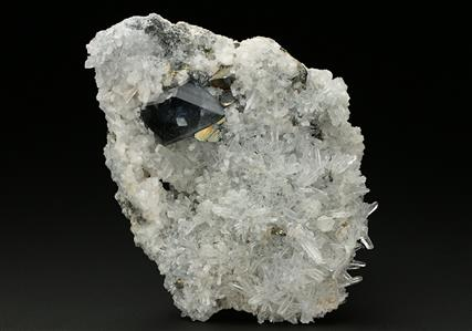 Scheelite with Quartz, Chalcopyrite, and Dolomite