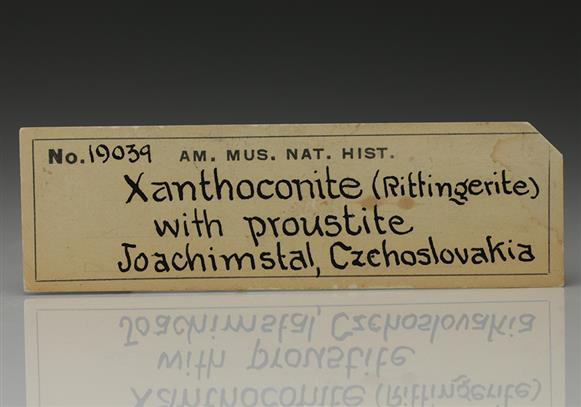 Xanthoconite with Proustiite and Stephanite on Native Arsenic
