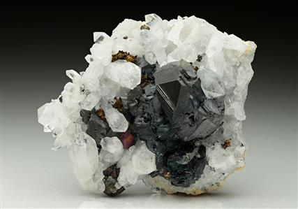 Sphalerite with Chalcopyrite and Quartz