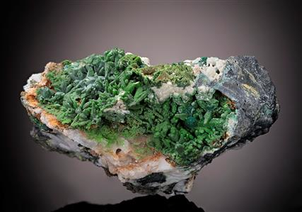 Bayldonite after Mimetite